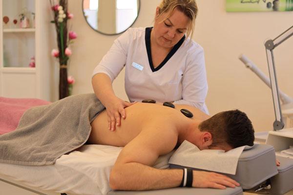 Gesund-zu-fuss-und-haut-wustrow-luechow-ayurveda-massagen-600x400